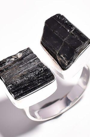 Кольцо с чёрным турмалином