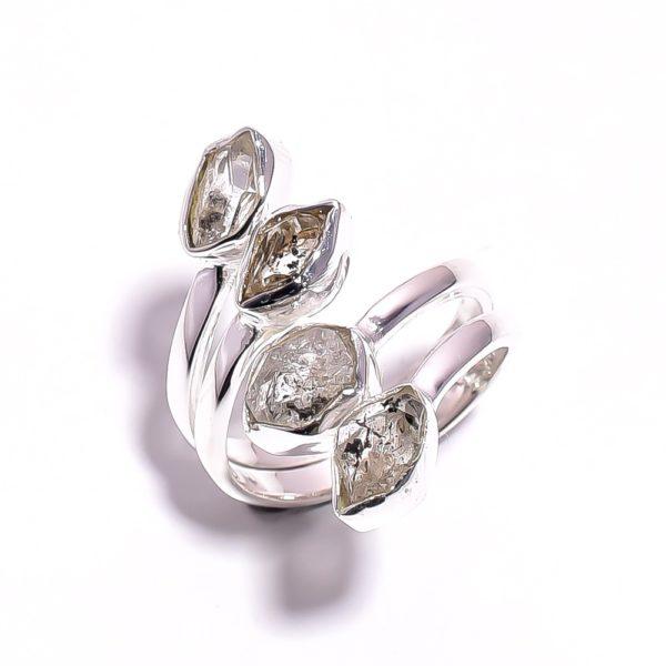 Кольцо с херкимерскими алмазами