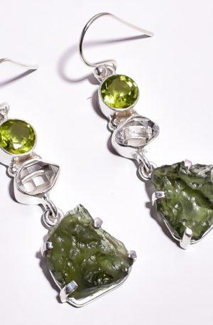 Серьги с молдавитом, перидотом и херкимерским алмазом